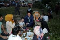 TERAVIH NAMAZı - İlkadım'da Piknik Havasında İftar Buluşması