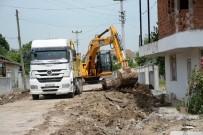 KALDIRIM ÇALIŞMASI - Kartepe Altunhisar Caddesi'nde Hummalı Çalışma Var
