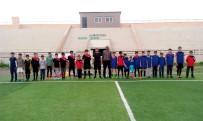 HAKEM KURULU - Malazgirtli Çocuklara Futbol Eğitimi