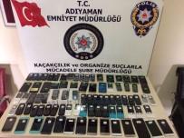 KAÇAK - Polis 10 İşyerinde Kaçak Cep Telefonu Ele Geçirdi