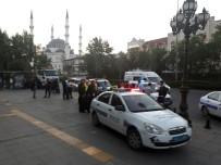 POLİS - Polisle Saldırganlar Arasında Arbede Açıklaması 3 Yaralı