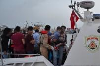 BURKINA FASO - Sahil Güvenlik 24 Saatte 210 Göçmen Yakaladı, 64 Göçmen Kurtardı