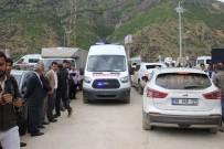 TERÖRİSTLER - Şemdinli'de Patlama Açıklaması 2 Şehit, 3 Yaralı
