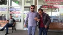 MEHMET KARAMAN - Yolunu Bulamayan Görme Engelliye Polis Desteği