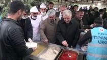 HASSASIYET - Bakan Arslan, Kars'ta Vatandaşlarla İftar Yaptı