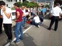 Demre'de Öğrenci Servisi Kaza Yaptı Açıklaması 5 Öğrenci Yaralı