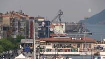 ÇANAKKALE BOĞAZı - Dev Askeri Gemi Havuzu Çanakkale Boğazı'ndan Geçti
