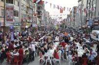 İFTAR MENÜSÜ - Dörtyol'da 10 Bin Kişilik İftar Sofrası Kuruldu
