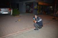 Gece Yarısı Motosiklet İle Yanaşan Bir Kişi 2 Araca Takip Cihazı Yerleştirdi