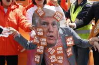 PROTESTO - Güney Koreliler Trump'ın Kararını Protesto Etti