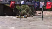 MUNZUR ÇAYı - Türkiye Rafting Şampiyonası