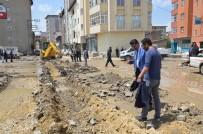 İSMAIL ÖZDEMIR - Yüksekova'da Elektrik Telleri Yer Altına Alınıyor