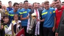 Mehmet Yiğiner - Ankaragücü'nün Kupası Anıtkabir'de