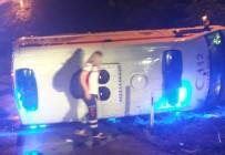 DİREKSİYON - Çorum'da Hasta Taşıyan Ambulans Kaza Yaptı Açıklaması 6 Yaralı