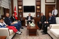 KONURSU - Milli Futbolcu Çalhanoğlu Vali Pehlivan'ı Ziyaret Etti