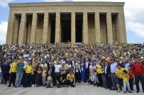 ŞAMPİYONLUK KUPASI - MKE Ankaragücü Kupasını Anıtkabir'e Götürdü