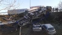 DİREKSİYON - Ters Dönen Tırdaki Sıfır Otomobiller Kullanılamaz Hale Geldi