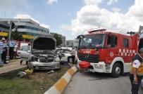 GAZIOSMANPAŞA ÜNIVERSITESI - Tokat'ta Kavşakta Ciple Otomobil Çarpıştı Açıklaması 1 Ölü, 5 Yaralı