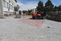 MEHMET NURİ ÇETİN - Varto Belediyesi Çevre Düzenlemesiyle Sezonu Başlattı
