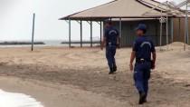 EGE DENIZI - Ayvalık'ta Balıkçı Teknesi Battı Açıklaması 4 Kişi Kayıp