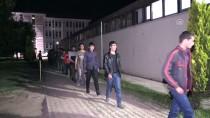 OTOBÜS BİLETİ - Erzincan'da 39 Kaçak Göçmen Yakalandı