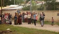 SİLAHLI KAVGA - Erzurum'da iki aile kavga etti