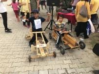 TAHTA ARABA - Tahta Araba Yarışmasında Öğrenciler Ter Döktü