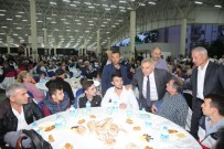 DIYANET SEN - Adapazarı Belediyesi'nin Halk İftarı Ozanlar'da Devam Etti