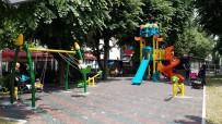 AVNI AKYOL - Avni Akyol'a Çocuk Oyun Alanı Yapıldı