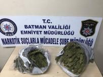 BATMAN EMNİYET MÜDÜRLÜĞÜ - Batman'da 5 Kilo 700 Gram Esrar Ele Geçirildi