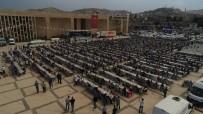 NİHAT ÇİFTÇİ - Binlerce Kişi Halil İbrahim Sofrasında Buluştu