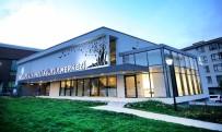ZÜLFÜ LİVANELİ - Çankaya'daki Kültür Merkezi, Sanateverlerin Uğrak Noktası
