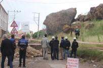 YÜKSEL KARA - Kütahya'da Zincirli Kayalar Parçalanarak Bölgeden Kaldırılacak
