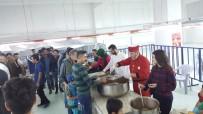 GÖKTÜRK - Nissara AVM İftar Çadırında Bin Kişiye Yemek Verdi