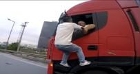 BULGAR - (Özel) TEM Otoyolu'nda Film Sahnelerine Aratmayan Trafik Kavgası
