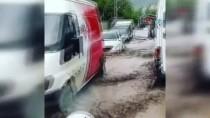Ağrı Ve Kars'ta Sağanak Yağış Sele Dönüştü