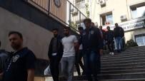 ALARM SİSTEMİ - Bağcılar'da Bir Dükkana Giren Hırsızlar Suçüstü Böyle Yakalandı