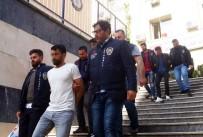 ALARM SİSTEMİ - Dükkana Giren Hırsızlar Suçüstü Yakalandı