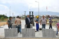 İSABEYLI - Nazilli Belediyesi İsabeyli'de Yol Çalışmalarını Sürdürüyor
