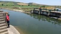 Sulama Kanalına Giren Suriyeli İki Kardeş Boğuldu