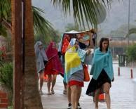 ÖLÜDENİZ - Turistlere Yağmur Sürprizi