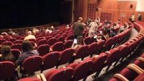 DEVLET TİYATROSU - Adana Tiyatro Festivali 1 milyon izleyiciye ulaştı
