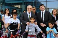 İLHAMI YıLMAZ - Ataşehirli Çocuklar Bisikletlerine Kavuştu