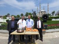 ÖLÜM YILDÖNÜMÜ - Cihan Padişahı Fatih Sultan Mehmet İçin Lokma Döktüler