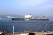 KIYI EMNİYETİ - Dev İnşaat Gemisi Çanakkale Boğazı'ndan Geçti