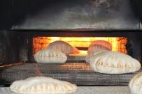 EKMEK FIRINI - Doğu Guta'dan Tahliye Edilenlerin Ekmeği İHH'dan