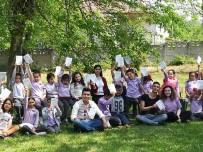 KIRTASİYE MALZEMESİ - Düzce Üniversitesi Öğrencilerinden Köy İlkokullarına Bağış