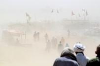 ŞİDDETLİ FIRTINA - Hinditan'da kum fırtınası