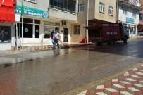 Kabadüz Belediyesince Cadde Ve Sokaklar Yıkanıyor