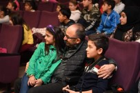 HÜSEYİN ÜZÜLMEZ - Kartepe'de 6 Bin Çocuk Tiyatro İle Buluştu